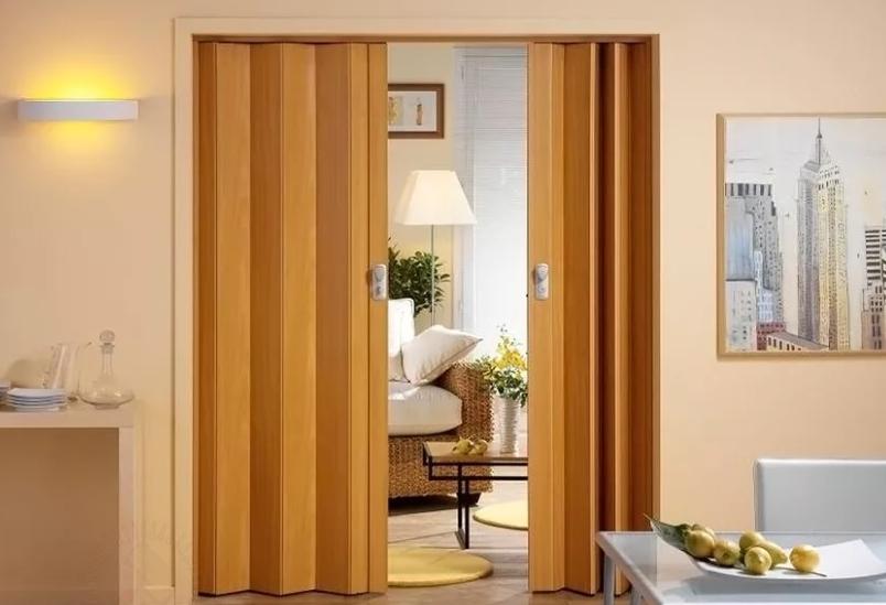 Двери межкомнатные складные гармошка