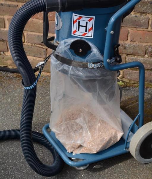 Пылесос для строительного мусора