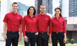 Для чего нужна и какой должна быть корпоративная одежда?