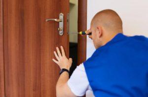 Краткая инструкция по установки межкомнатной двери