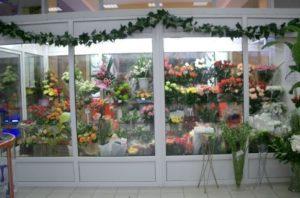 Холодильник для цветов – защитник красоты