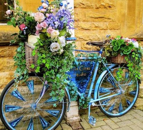 Велосипед клумба
