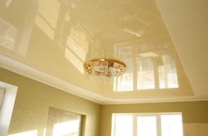 Натяжные потолки: главный атрибут современных интерьеров